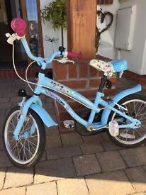 Beautiful girls bike in fab condition