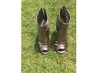 Size 4 Carvela heels
