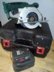 Rechargeable circular saw