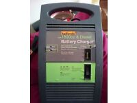Halfords Car/Van over 1800cc Petrol/Diesel Car battery charger