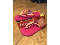 Havianas girls size 11