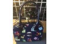 Handbag £20 cash