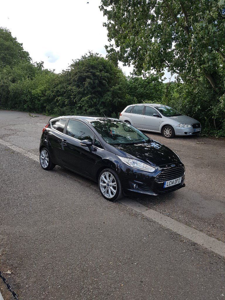 2014 ford fiesta titanium x in black warranty until may 2018 0 road tax available now in. Black Bedroom Furniture Sets. Home Design Ideas