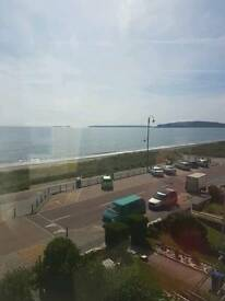 Spacious seafront flat for rent.Fantastic panoramic views.