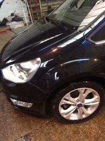 Ford galaxy titanium, metallic black