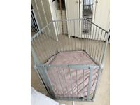 Lindam foldable play pen - very good condition