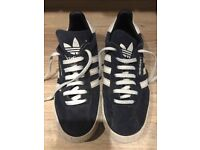 Boys blue Adidas samba trainers size 5.5