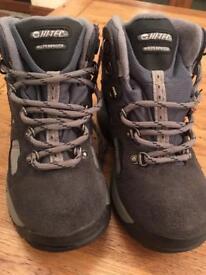 Hiking boots uk 1