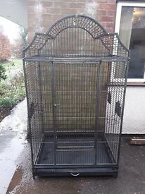 6ft bird/parrot cage with removable bottom tray