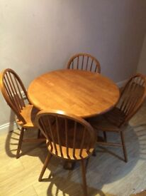 Round Woodern Table Four Chairs