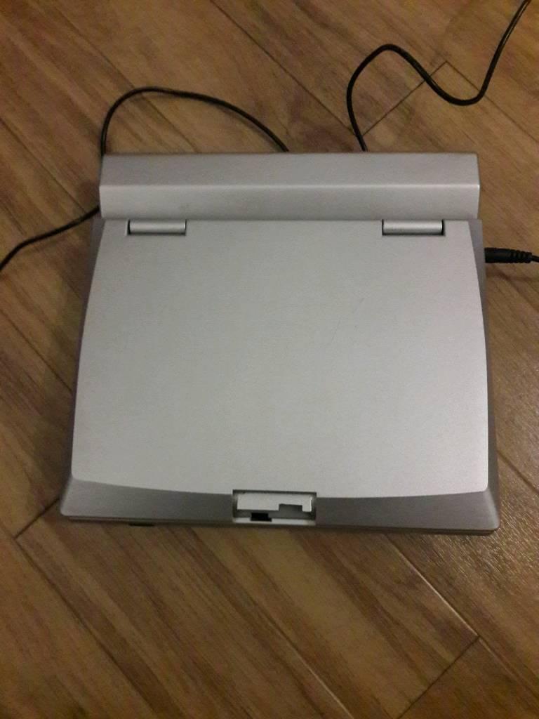 FUSS portable DVD player DV9819