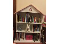 Beautiful Girl's Townhouse Bookcase / Bookshelves - GLTC / Great Little Trading Company - Ex Cond