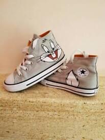 Kids Bugs Bunny Converse Size 9