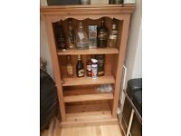 Lovely sized drinks cabinet/shelves