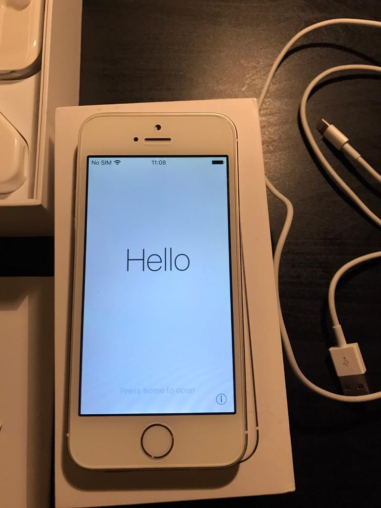 Apple iPhone 5s 64gb factory unlockedin Coventry, West MidlandsGumtree - Apple iPhone 5s 64gb unlocked any SIM card used only 1 year old used as spare excellent condition good as new Apple care warranty so iphone will be replaced for new if damaged comes complete with original accessories charger, plug and brand new...