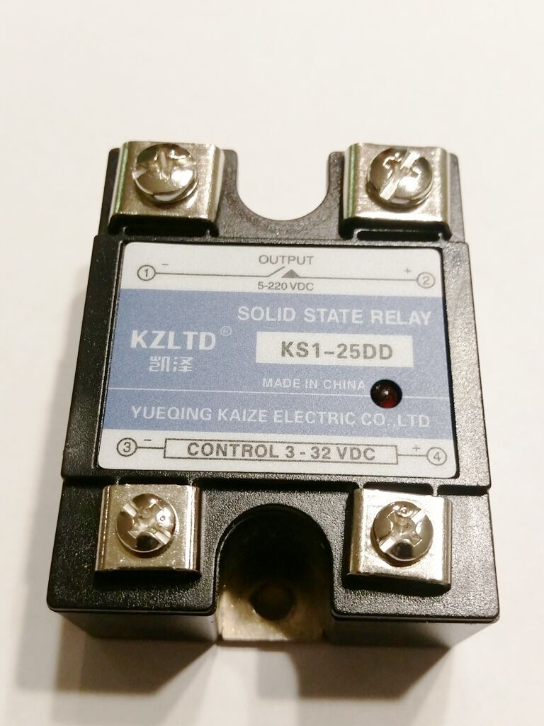 New Solid State Relay Ssr 25dd Dc 25a 3 32vdc Input 5 60vdc Z240d10 Of 10 To 220v Motor Heater