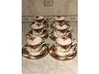 Royal Albert Country Roses Tea Set
