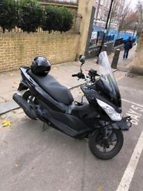 Honda pcx 125 cc low mileage