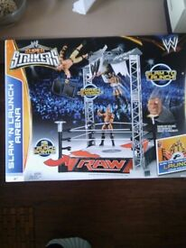 Slam and launch wrestling ring new boxed
