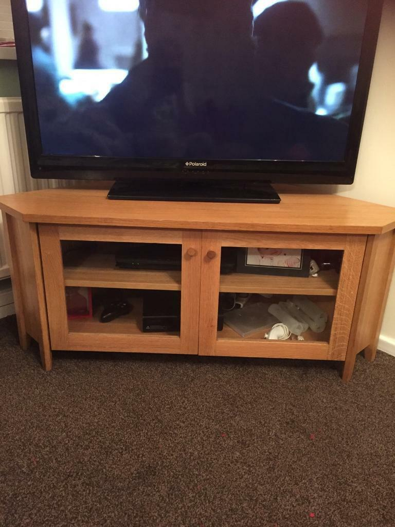 Wood corner to unit reduced £20