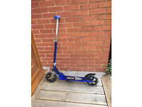 Large wheeled blue self push adult scooter adjustable with stand New