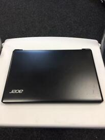 Acer Netbook B113 series 2GB RAM 320GB Hard drive