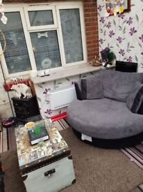 Hi looking to swap our 3 bed house in oldbury to wednesbury area