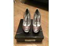 Ladies Size 3 Shoes