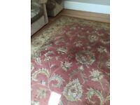 Beautiful hand made woollen rug 8 X 10'