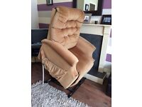 Pride Electric Rise And Recliner Chair In Very Good Clean Condition