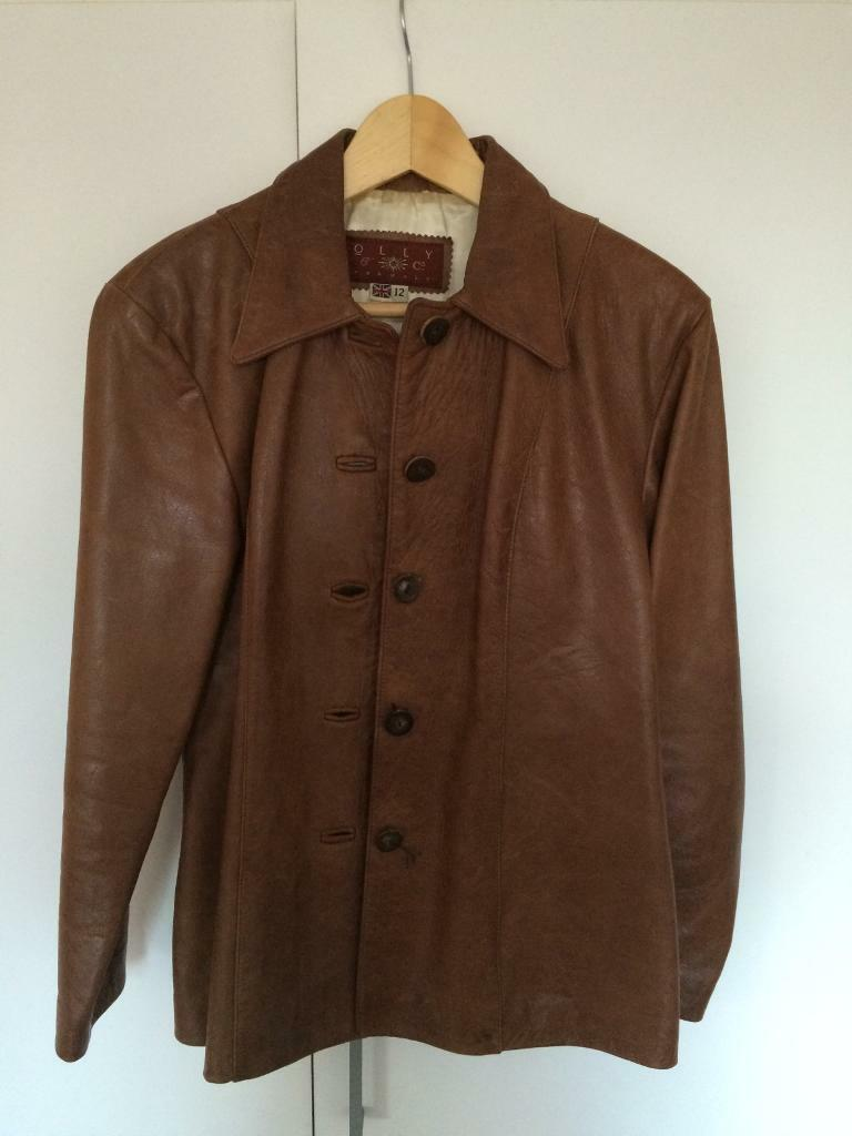 Olly & Co gorgeous ladies size 12 leather coat