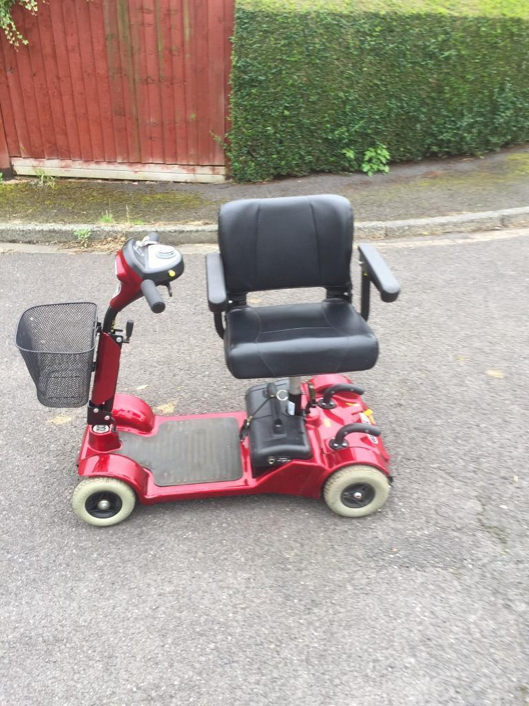STERLING LITTLE GEM CAR BOOT MOBILITY SCOOTER