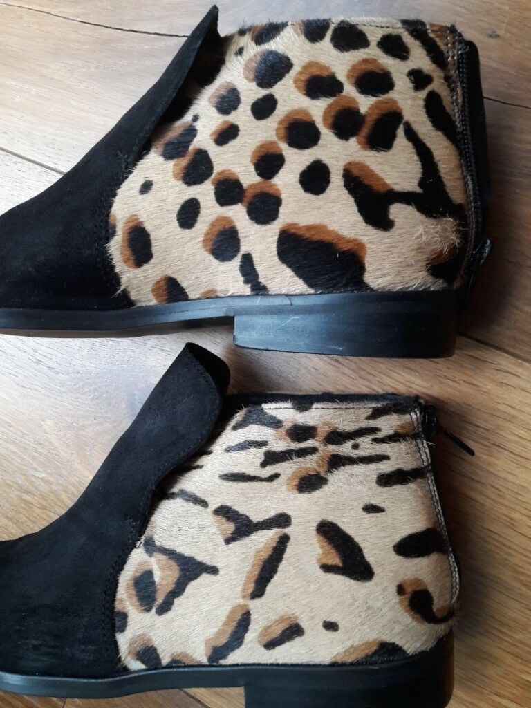 Woman s Designer NOHOLITA ANIMAL PRINT SHOES - Fur Finish - Size UK ... fc4e8c96d88