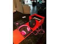 Beats solo HD headphones ( pink )