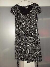 Esprit black/white dress size 10 UK