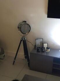 Cinema style spotlight lamp