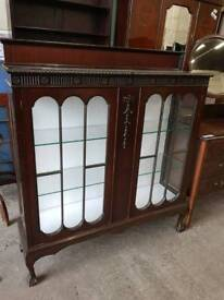Vintage Display Cabinet shelving