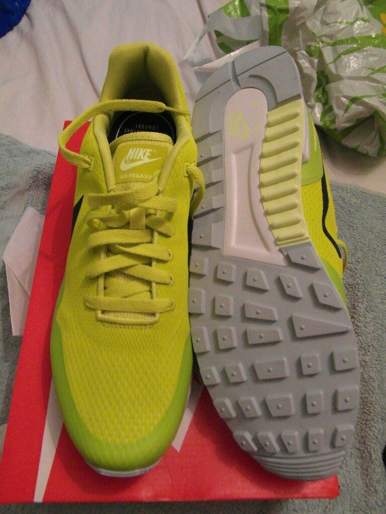 huge selection of 308d7 d2820 Nike Pegasus retro trainers limited edition colour size 10   in Radcliffe,  Manchester   Gumtree