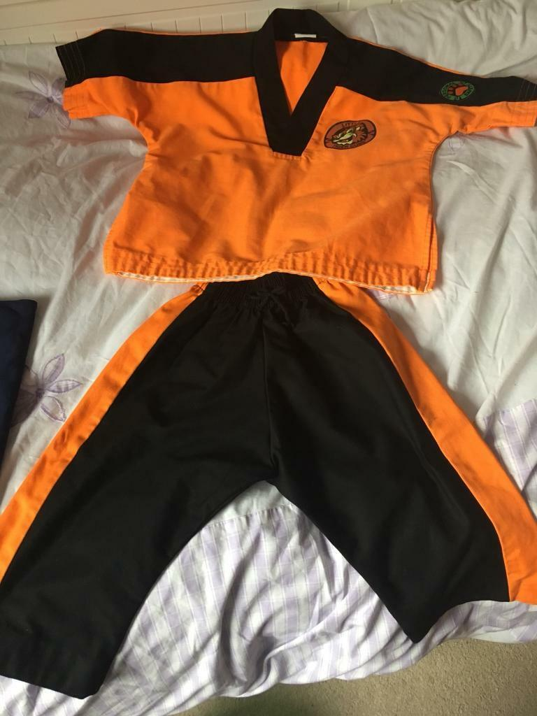 Tiger cubs uniform