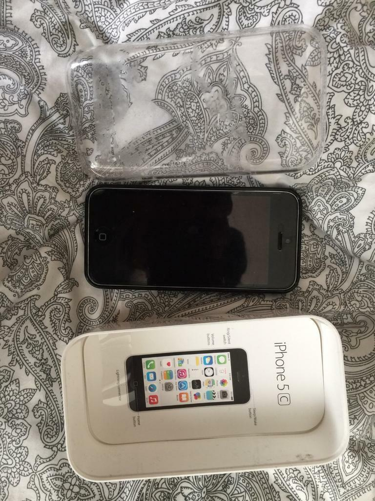IPhone 5c white 8gb 4g Unlocked to any networkin Romford, LondonGumtree - IPhone 5c white 8gb 4g Unlocked to any networkUsed condition screen perfect case has marks but not visible with a caseCollect from rm8 07894 659729
