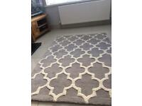 Final reduction! Don't miss out. Large grey rug 120 x 170 cm