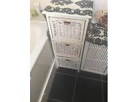 Lovely wicker white 3 drawer unit
