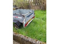 Erde car trailer with tipping gear