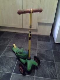 Childs Microscooter with attatchable dinosaur head