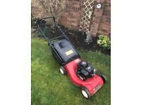 Petrol lawnmower with Briggs & Stratton engine