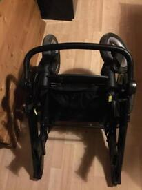 Oyster Max Tandem seat and black frame