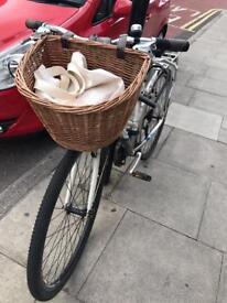 Wicker bicycle basket