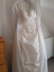 Wedding dress brand new size 8