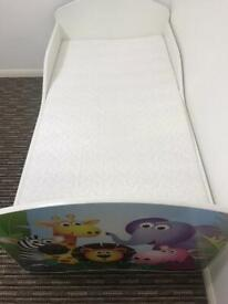 Toddler bed with mattress and drawers