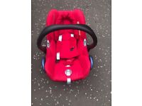 Maxy cosy car seat with icandy adapter